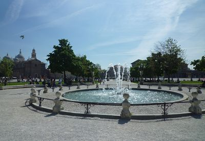 Fontana Piazza Prato Della Valle